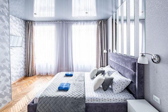 Сучасна 2 -ох кімнатна квартира з новим ремонтом в центрі Львова