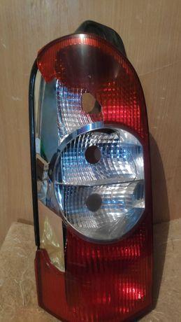 задній фонарь Renault master 2