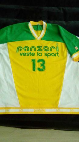 Спортивная разная  одежда