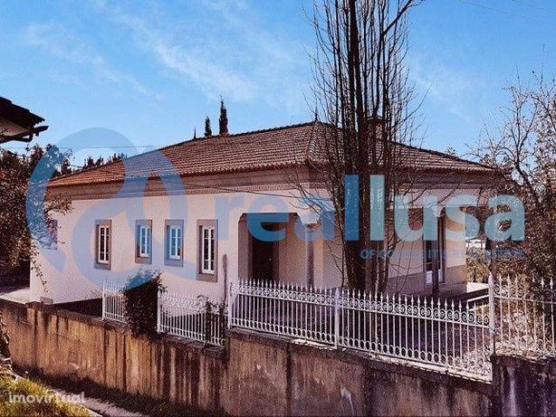 Moradia T4 c/ Jardim e Garagem, em Sangalhos, Aveiro, Excelentes condi
