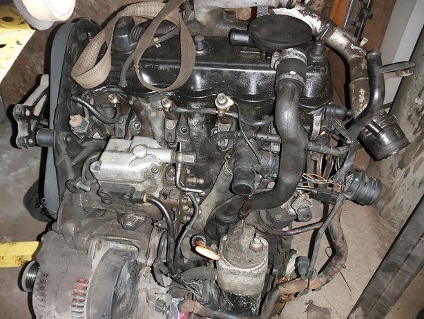 Silnik Sharan 1.9 110km kompletny uszkodzony