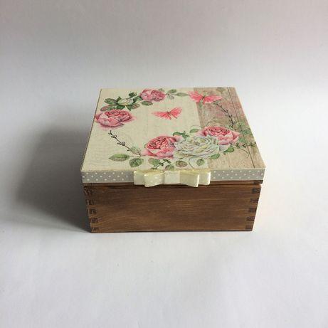Pudełko na herbatę, biżuterię lub inne drobiazgi - kwiaty