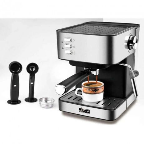 Кофемашина полуавтоматическая с капучинатором/кавоварка/кофеварка