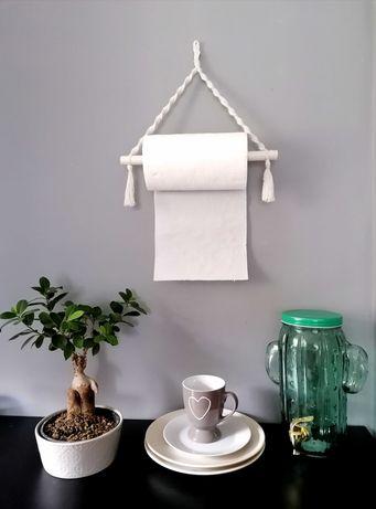 Wieszak na ręczniki papierowe Makrama BOHO DO KUCHNI