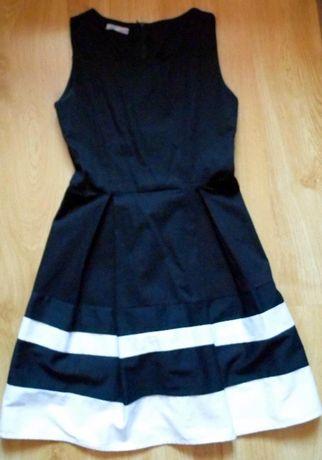 Czarna, elegancka sukienka młodzieżowa, rozm M
