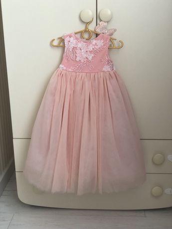 Нарядное платье на девочку 1,5-2,5 года ( 86-98 см)