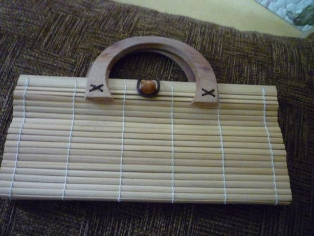 Новая сумка- бамбук, деревянные ручки, хлопок