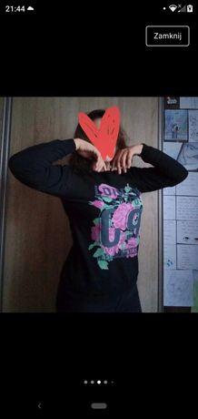 Czarna bluza wzór kwiaty L