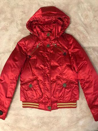 Куртка красная осенняя Colin's