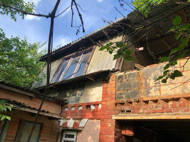Дом на Старом Салтове, дача с участком, в садовом товариществе