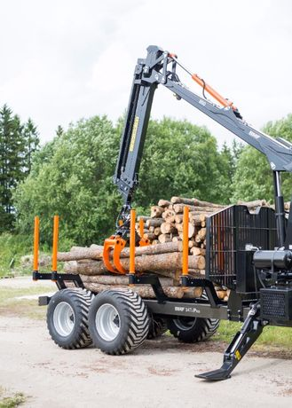 Przyczepa leśna BMF 14T2 Pro z Żurawiem BMF 850