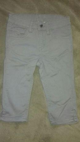 Брюки бриджи джинсовые детские H&M новые. Распродаю ! US 4-5Y,EUR110