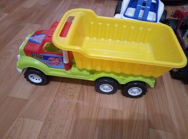 Продам грузовую машинку,камаз,грузовик