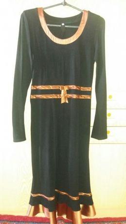 Продам платье 44-46 размера.