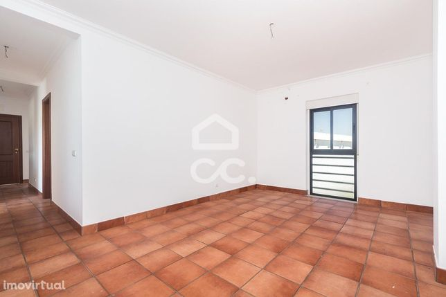Apartamento T3 de 2º andar | Borba