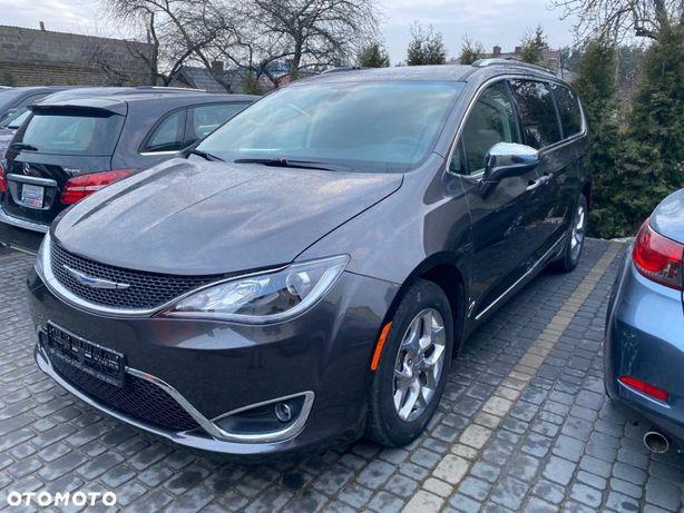 Chrysler Pacifica Rezerwacja