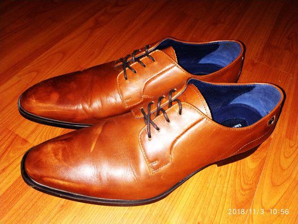Шкіряні туфлі (Португалія)