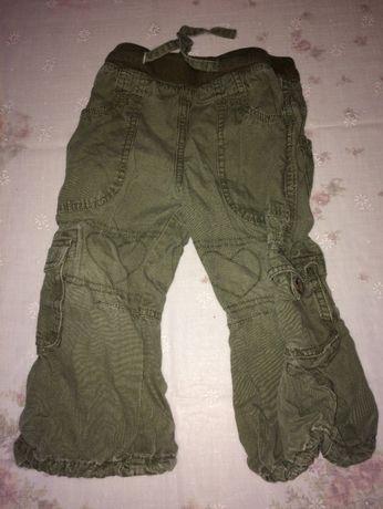 długie spodnie chłopięce a la dżinsowe H&M r 86