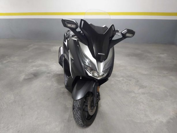 Honda Forza300 abs e tcs de 2019 e 35000km, garantia até 02/2022