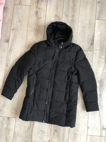 Зимова подовжена чоловіча куртка