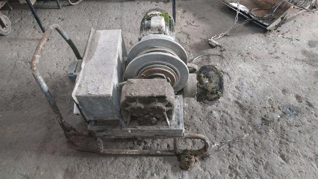 Elektryczna wciągarka kruszcu