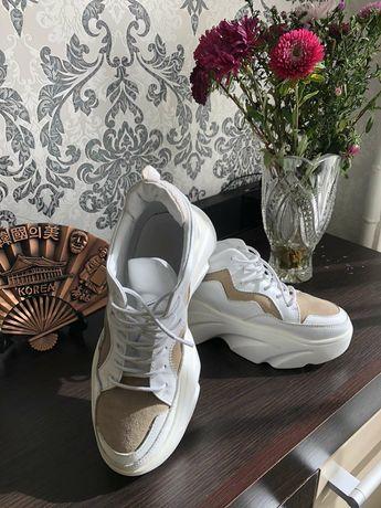 Кожаные кроссовки и босоножки кожа  на антистрессовой подошве. Р. 36