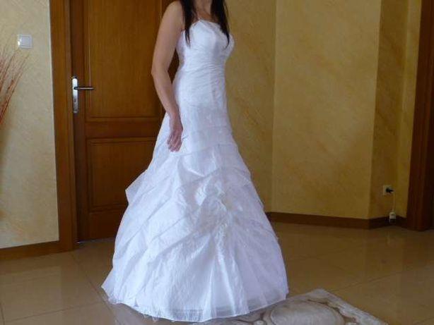 Suknia ślubna na wzrost 175 /roz. 40