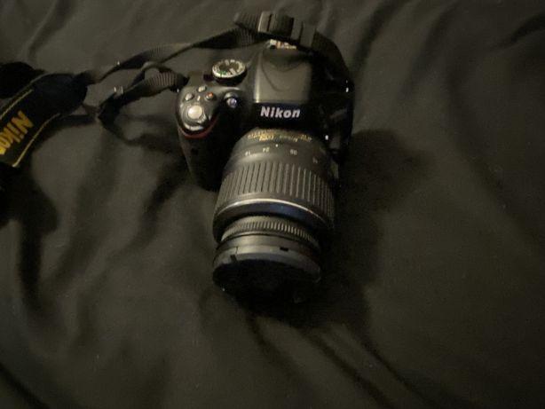Nikon D5100 + obiektyw 18-55 mm zestaw+torba