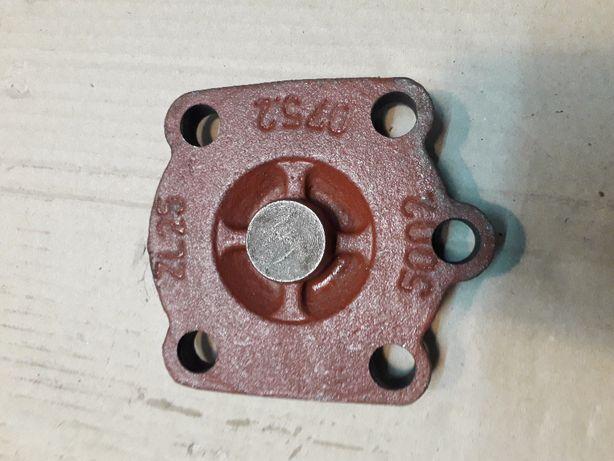 Pokrywa cylindra podnośnika hydraulicznego Ursus C-330