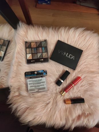 Zestaw cienie vv Huda szminka Astor Avon sztuczne rzęsy ardell