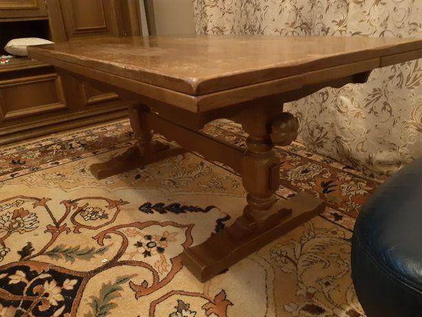 Stół dębowy rozkładany podnoszony.