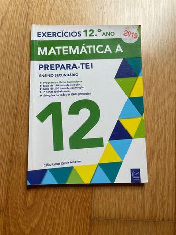 Livro de matemática para preparação para testes 12 ano