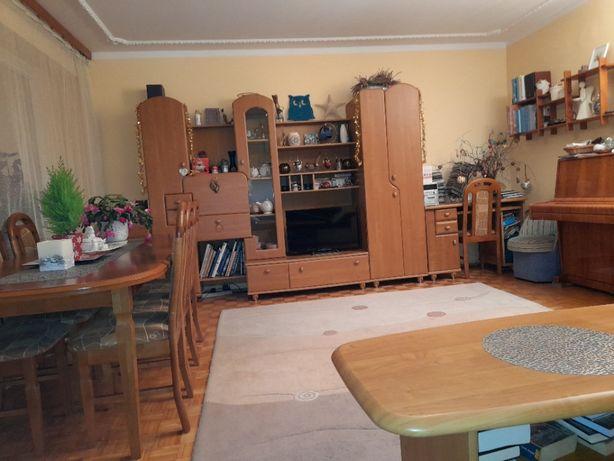 Mieszkanie 5-pokojowe na 1 piętrze