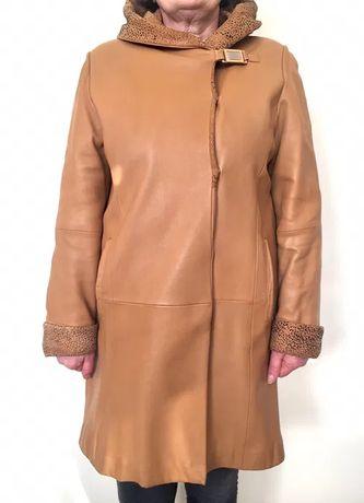 Płaszcz camelowy z naturalnej skóry - rozmiar 42-44