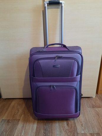 Продам чемодан!!!