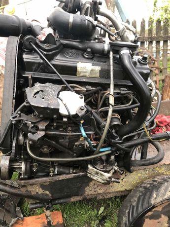 Мотор 1.9 дизель з навісним і коробкою