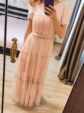 Красивое, еффектное нарядное женское платье. В подарок детское next