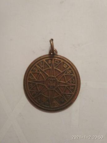 Медаль або медальйон