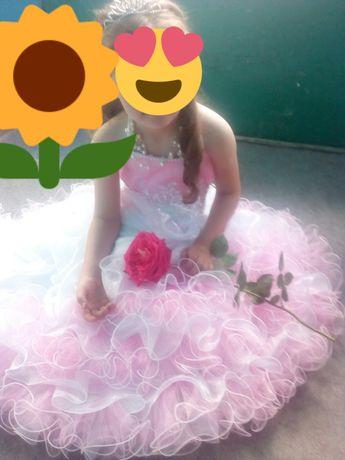 Нежное ,красивое платье