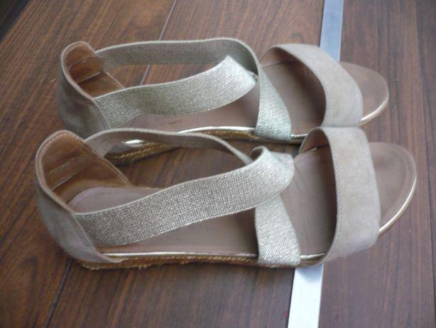 Włoskie skórzane sandałki espadryle 39