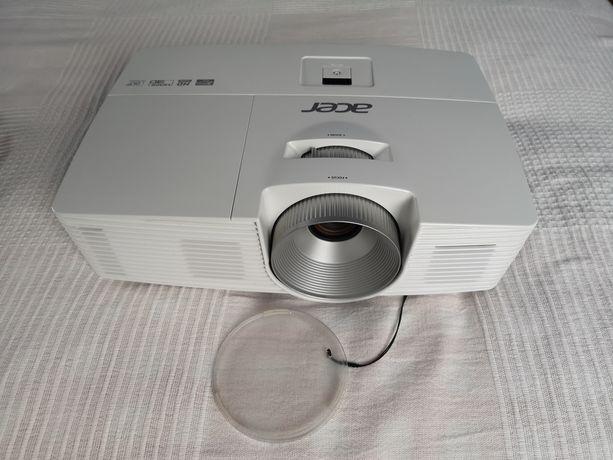 Projektor Acer H5380BD za połowę ceny + wieszak gratis.