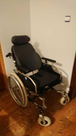 Wózek inwalidzki specjalistyczny nowy.