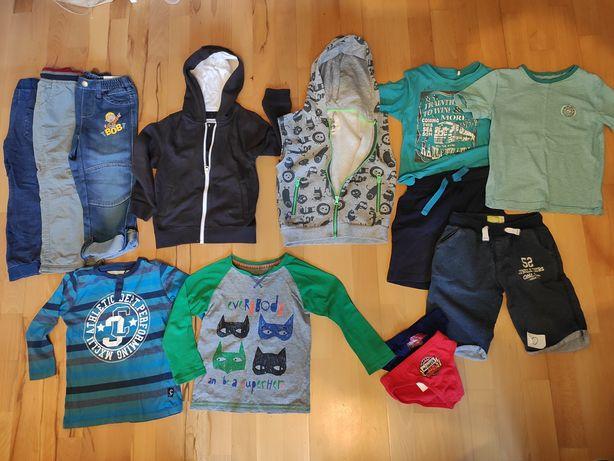 13szt Rozm 110 zestaw ubrań spodnie ocieplane jeansy bluza kamizelka