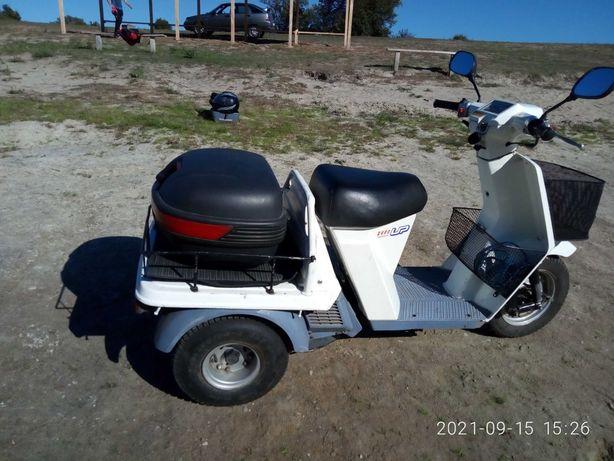 Скутер Honda Gyro Up Грузовой мопед