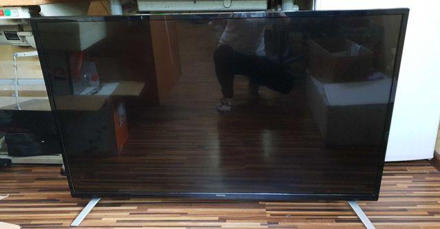 Telewizor Toshiba uszkodzony