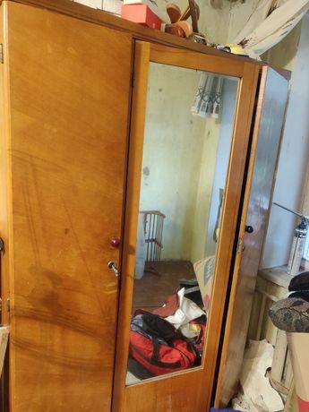 Шкафы деревянная мебель новая жизнь старым вещам