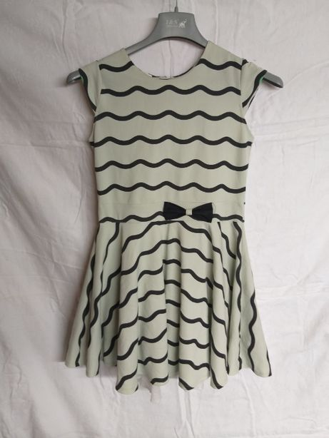 sukienka zielona wzory czarne 158