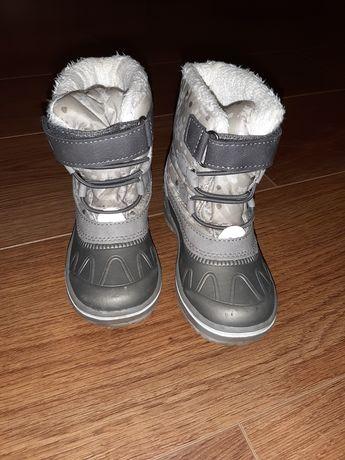 Śniegowe buty kozaki r.24