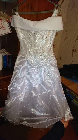 Продам бальне плаття