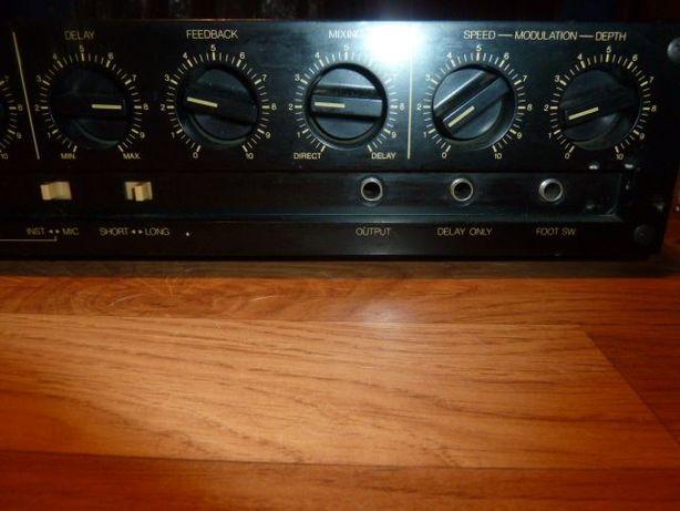 Yamaha analog Delay E1005
